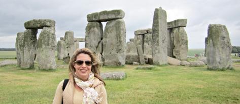 21 Stonehenge b